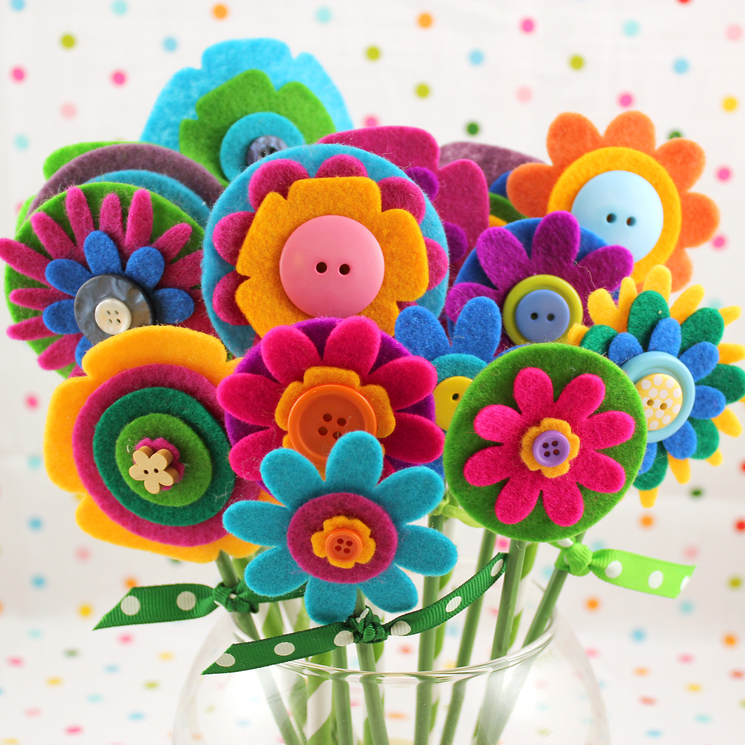 Quick easy mothers day gift felt flowers happiness is homemade these felt flowers are so quick and easy and they are super cute they make a sweet mothers day gift but really theyd be a lovely and welcome gift any izmirmasajfo Images