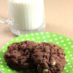 Mint Chocolate Chip Pudding Cookies {Recipe}