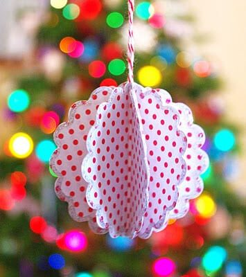 Scalloped Paper Ball Ornament {Tutorial}