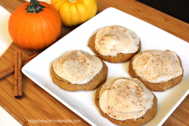 Pumpkin Spice Cookies with Cinnamon Cream Cheese Icing #FreshFinds #shop