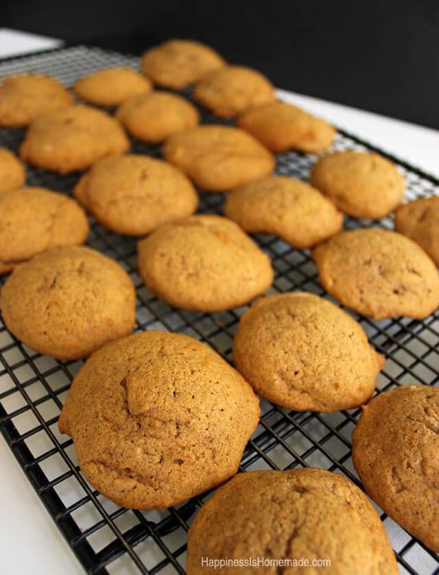 Soft Pumpkin Spice Cookies #FreshFinds #shop