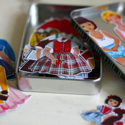 magnetic-paper-dolls-childrens-gifts