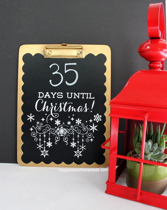 Quick and Easy Christmas Countdown Chalkboard Clipboard