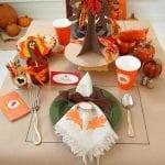 30 Fun Thanksgiving Kids Table Ideas