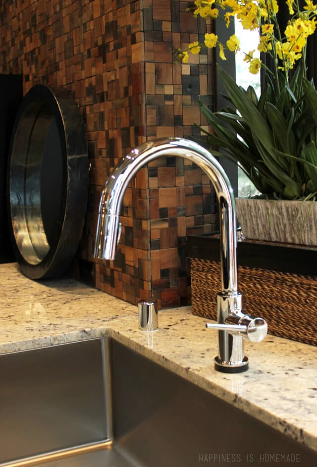Delta Touch2O Trinsic Kitchen Faucet in the 2014 HGTV Dream Home