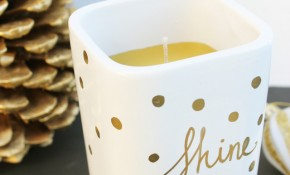 Easy DIY Gold Sharpie Candle - great holiday gift idea