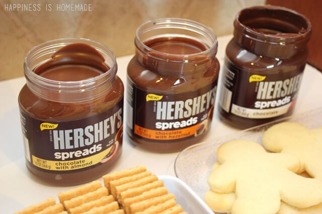 Hershey's Chocolate Spreads are Delicious #SpreadPossibilities #hersheysheroes