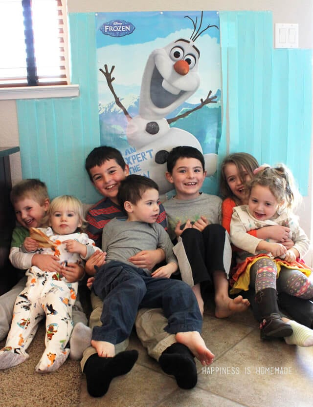 Photo Booth Fun at our Disney FROZEN Holiday Party #FrozenFun #cbias #shop