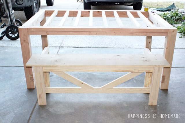 Diy farmhouse table bench happiness is homemade for Building a farmhouse
