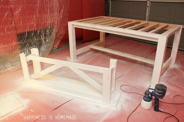 Painting a Farmhouse Table