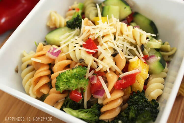 The Best Pasta Salad Recipe Ever!