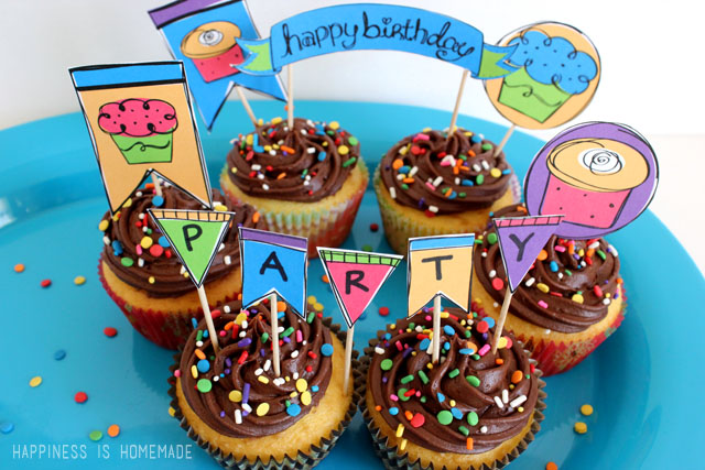 Dress Up Basic Cupcakes With Rainbow Birthday Party
