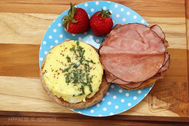 Sweet and Spicy Breakfast Sandwich with Oscar Mayer Bold Maple Honey Ham