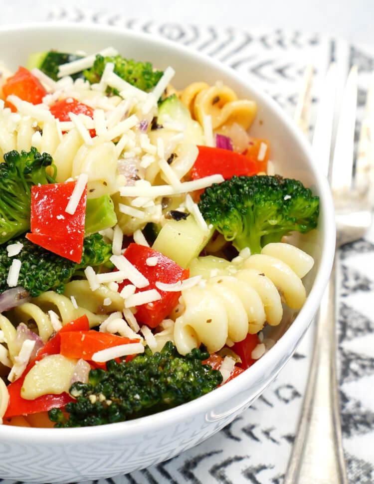 The Best Pasta Salad Recipe Ever