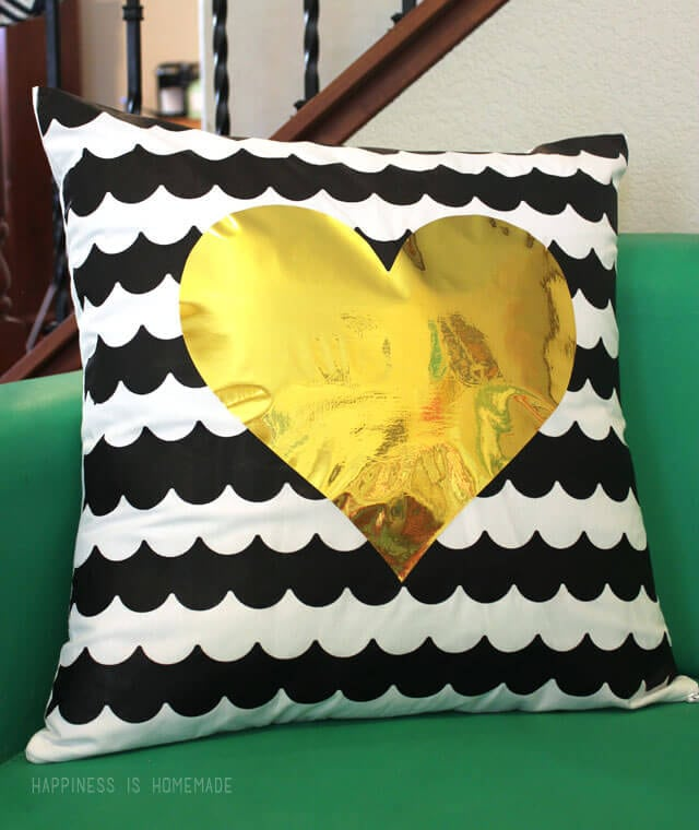 Scallop Stripes Heart Pillow Made with Frog Tape Shape Tape