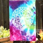 How to Tie Dye an Upcycled T-Shirt Garden Flag