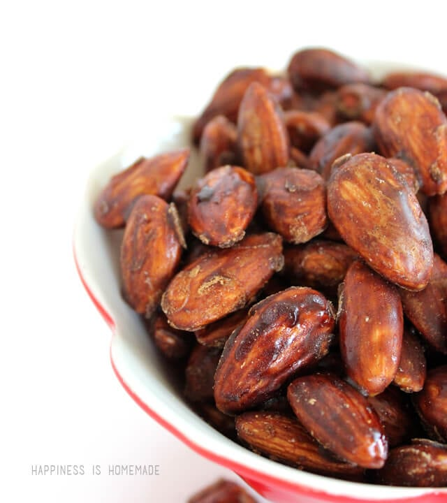 3 Ingredient Paleo Caramelized Cinnamon Almonds