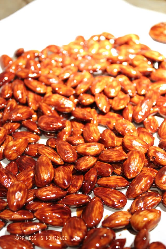 Caramelized Coconut Sugar and Cinnamon Almonds