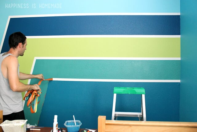 Perfectly Painted Wall Stripes With Frog Tape