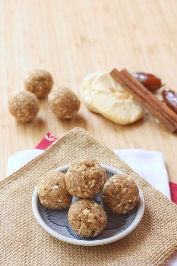 Cinnamon-Caramel-Apple-Energy-Balls-4