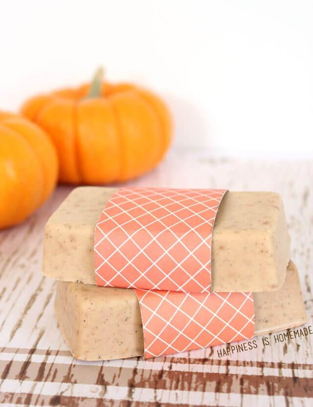 DIY Pumpkin Spice Soap