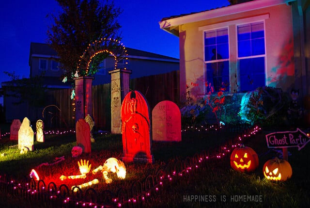 halloween decorated front yard - Front Yard Halloween Decorations
