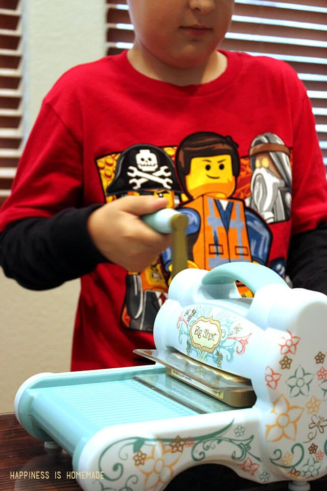 Children can easily use the Sizzix Big Shot Die Cutting Machine