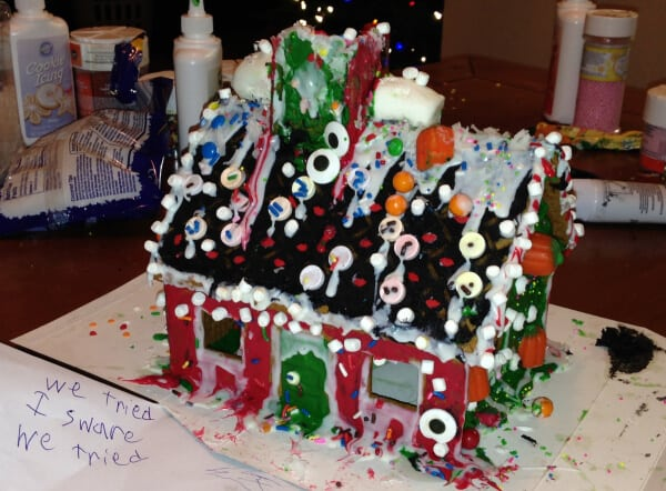 Craft Fail - Gingerbread-House-of-Horros-