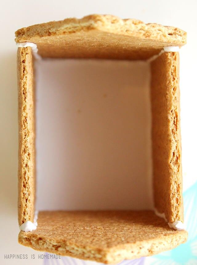 Building a Graham Cracker Gingerbread House