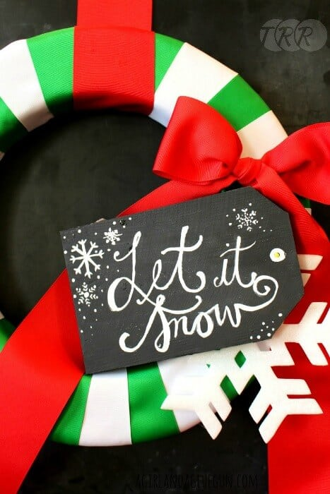 Easy-Christmas-Ribbon-Wreath-8