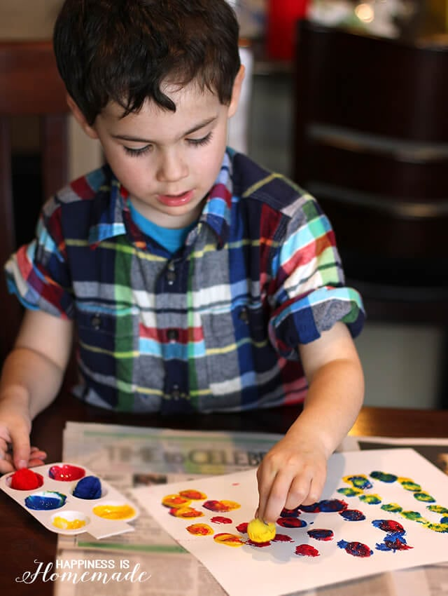 Pom Pom Painting and Color Mixing Activity
