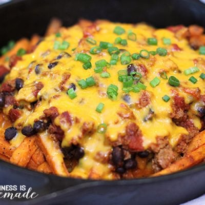 Skinny Skillet Chili Cheese Fries