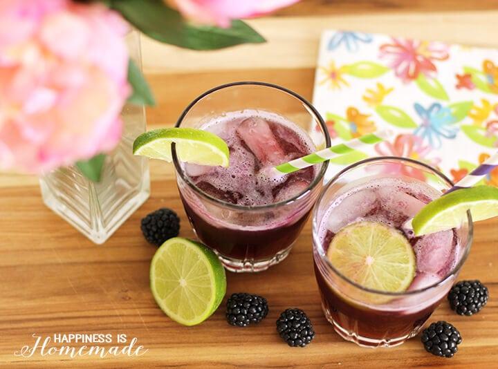 Blackberry + Lime Fizz Cocktail