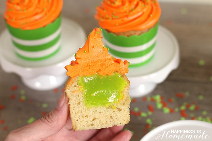 Nickelodeon Kids' Choice Awards Green Slime Filled Cupcakes