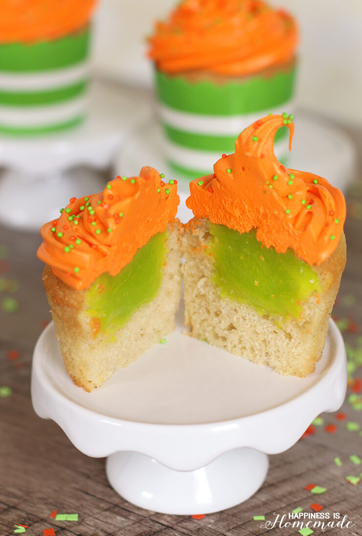 Nickelodeon Kids' Choice Awards Slime Filled Cupcakes