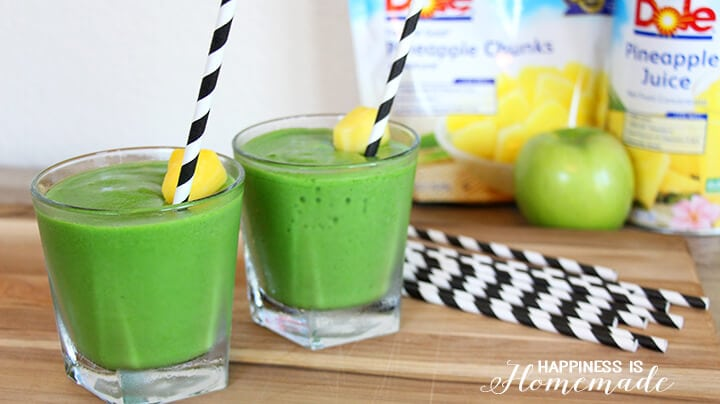 "Mean Green Machine"" Smoothie Recipe - Happiness is Homemade"