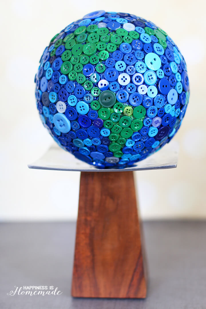 Styrofoam Ball Button Globe