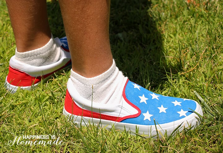 How to Make Your Own DIY Patriotic Shoes for 4th of July