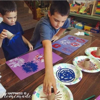 4th of July Kids Craft: Fireworks Painting