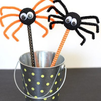 Halloween Kids Craft: Spider Pencils