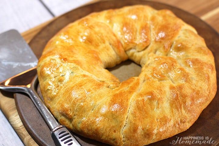 Crescent Roll Ring Egg Bake