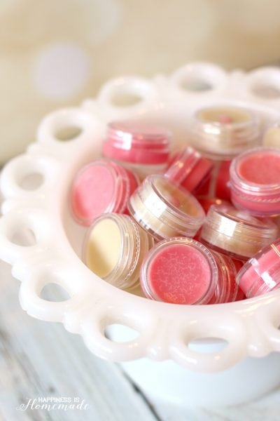 Homemade Lip Balm Gloss is a Great DIY Holiday Gift Idea