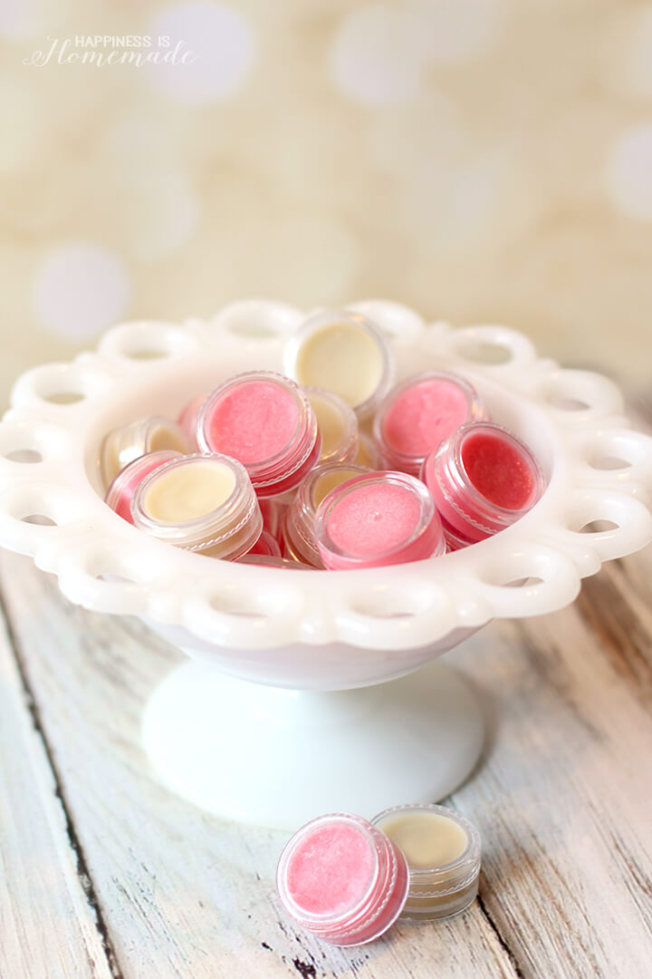 How to Make Your Own Lip Balm Gloss in 10 Minutes