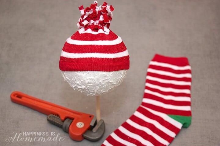 Making a Snowman from Foam Balls