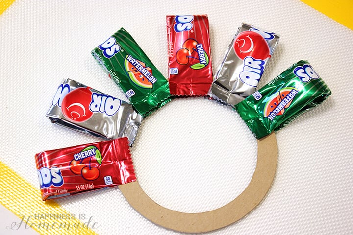 Making an Airheads Wreath for Christmas
