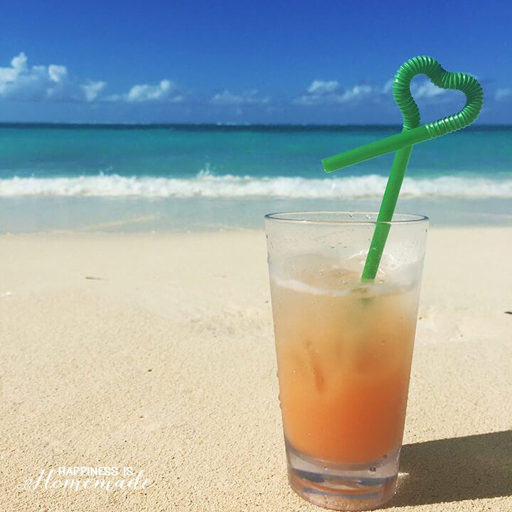 Miami Vice Cocktail On Turks And Caicos Beach Tropical Drinks