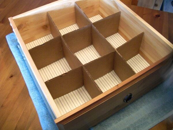 18 organization hacks that are almost free page 2 of 20 for Cardboard drawers ikea