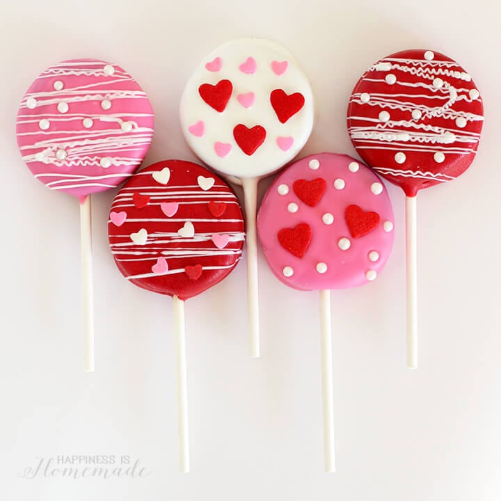 Pink and Red Valentine's Day Oreo Pops