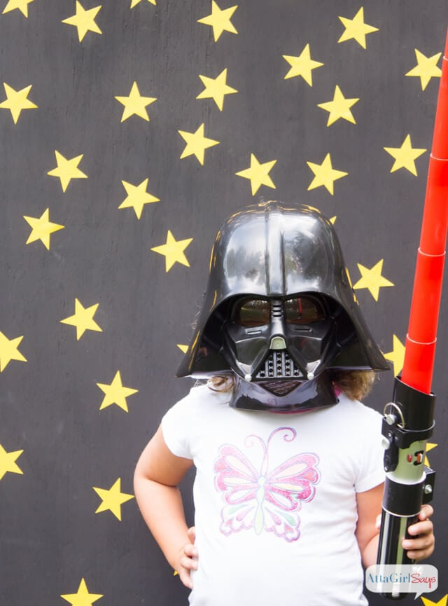 star-wars-birthday-party-ideas-photo-backdrop-12