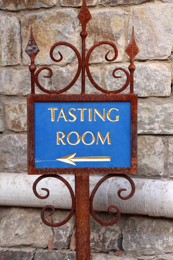 Castello de Amorosa Tasting Room Sign